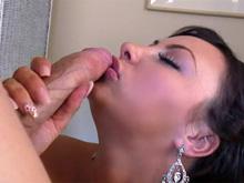 Une espagnole se fait baiser en POV !