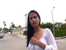 Une latina de la rue