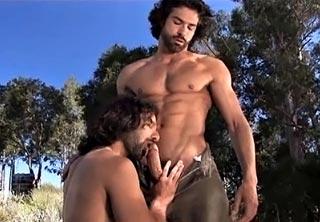 Un, deux, trois lascars bien chauds des fesses videos gay